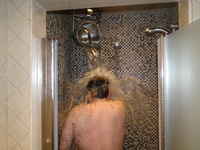 Contrast showers provide an invigorating effect on the circulatory system.